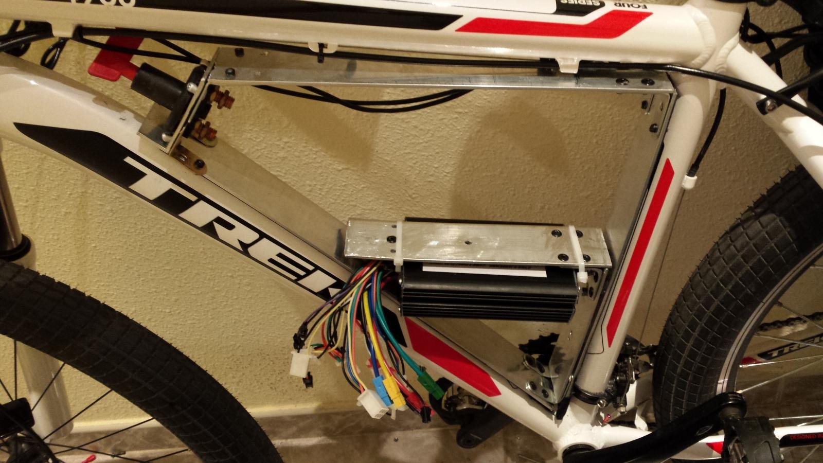 Instalación de un motor 9C con batería LifePo 60V a una BTT Trek 4900 Aa7jsz