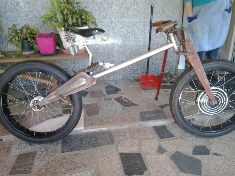 Bicicleta eléctrica a partir de moto Guzzi (+sidecar??) E6ve60