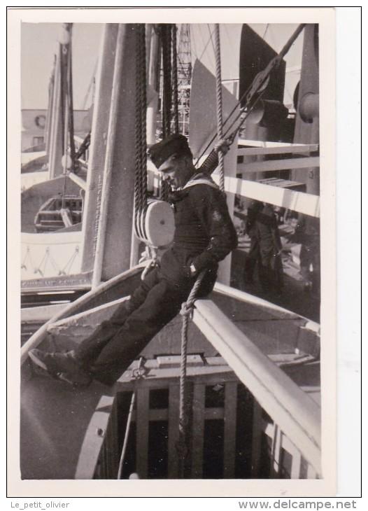 La  Kriegsmarine  à Marseille  Orl7j4