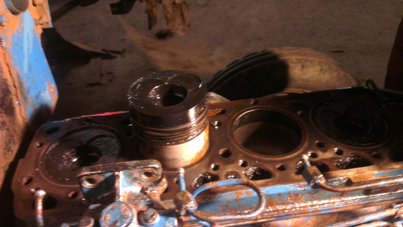 [EBRO SUPER 55] Agua en el aceite motor (en vías de solución) Sffojp