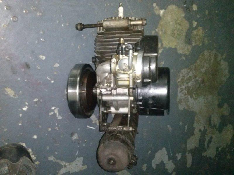Motor Av10 completo en marcha 90€ Smvj3l
