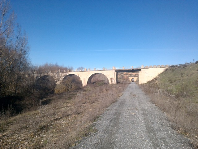 camino natural-via verde del Eresma ,(segovia) T6fj2w