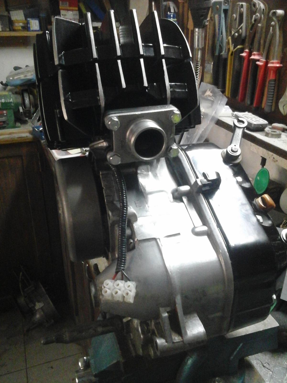 Mejorando cilindro Puch 50 4V Vryo15