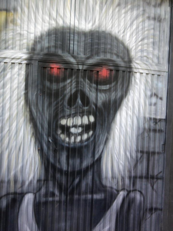 Pintadas, grafittis y otras mierdas del arte hurvano ese. 11gsqkp