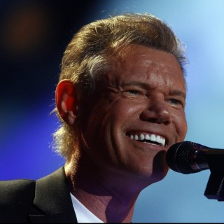Randy Travis - Discography (45 Albums = 52 CD's) 15mhiwy