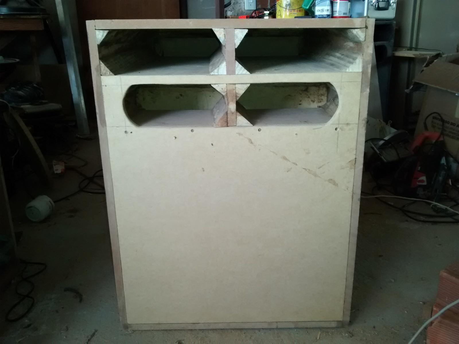 Olha a caixinha que fiz Sub 1000W & Woofer 200w 16k9yrb