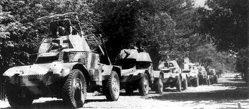 Automitrailleuses Panhard allemandes 24b1b13