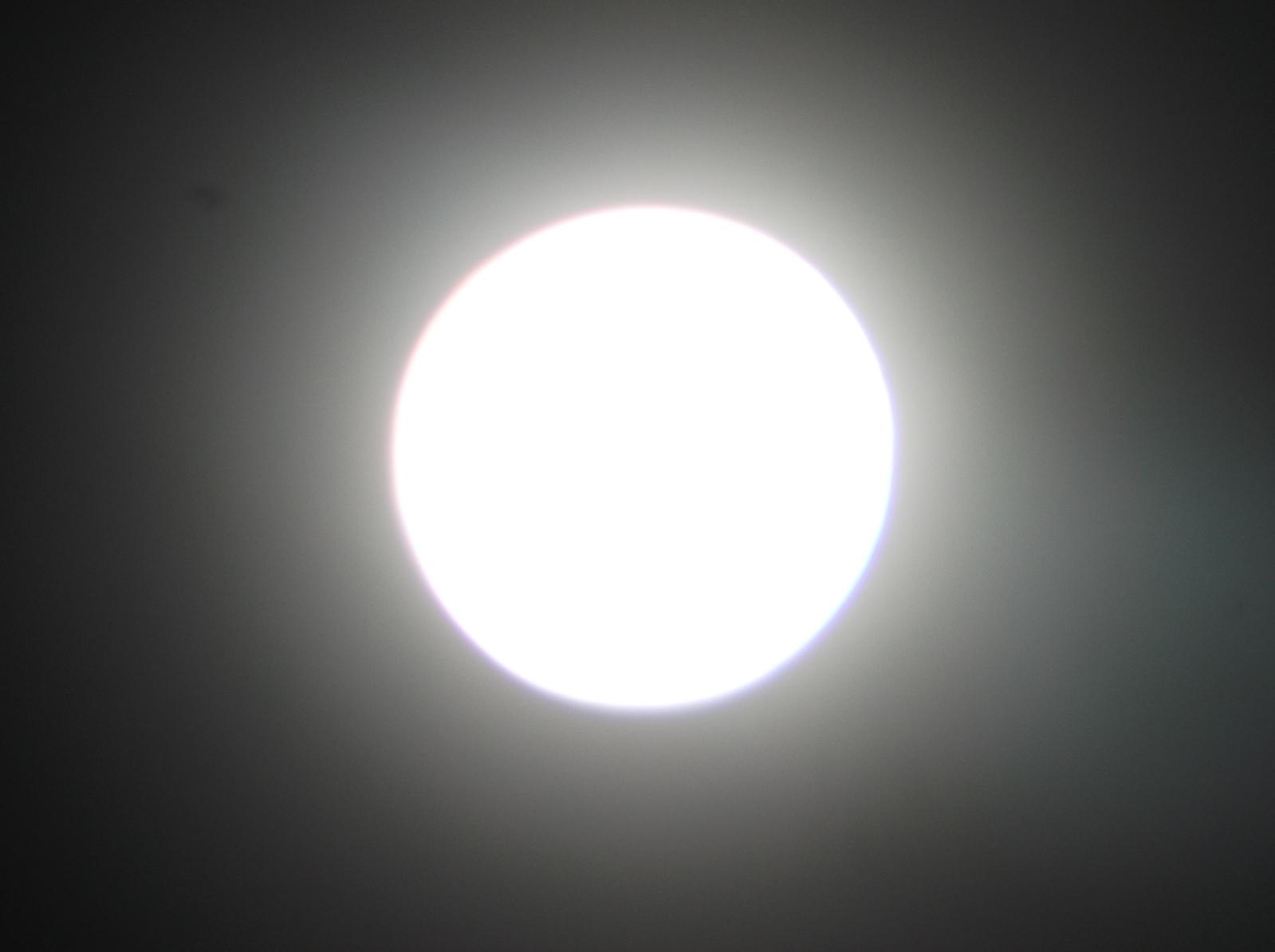 Fotos da Lua - Câmera compacta + Binóculo 10x50 24doq6d