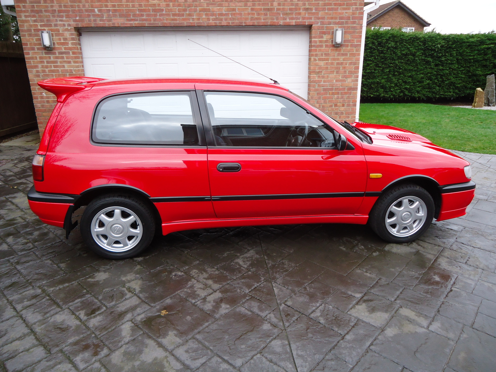 UK Spec Nissan Sunny GTI-R For Sale. 50,000 miles 24q6anl