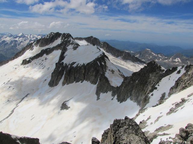 20120605 - CORREDOR ESTASEN AL ANETO (3.404 m) 24yqz5j