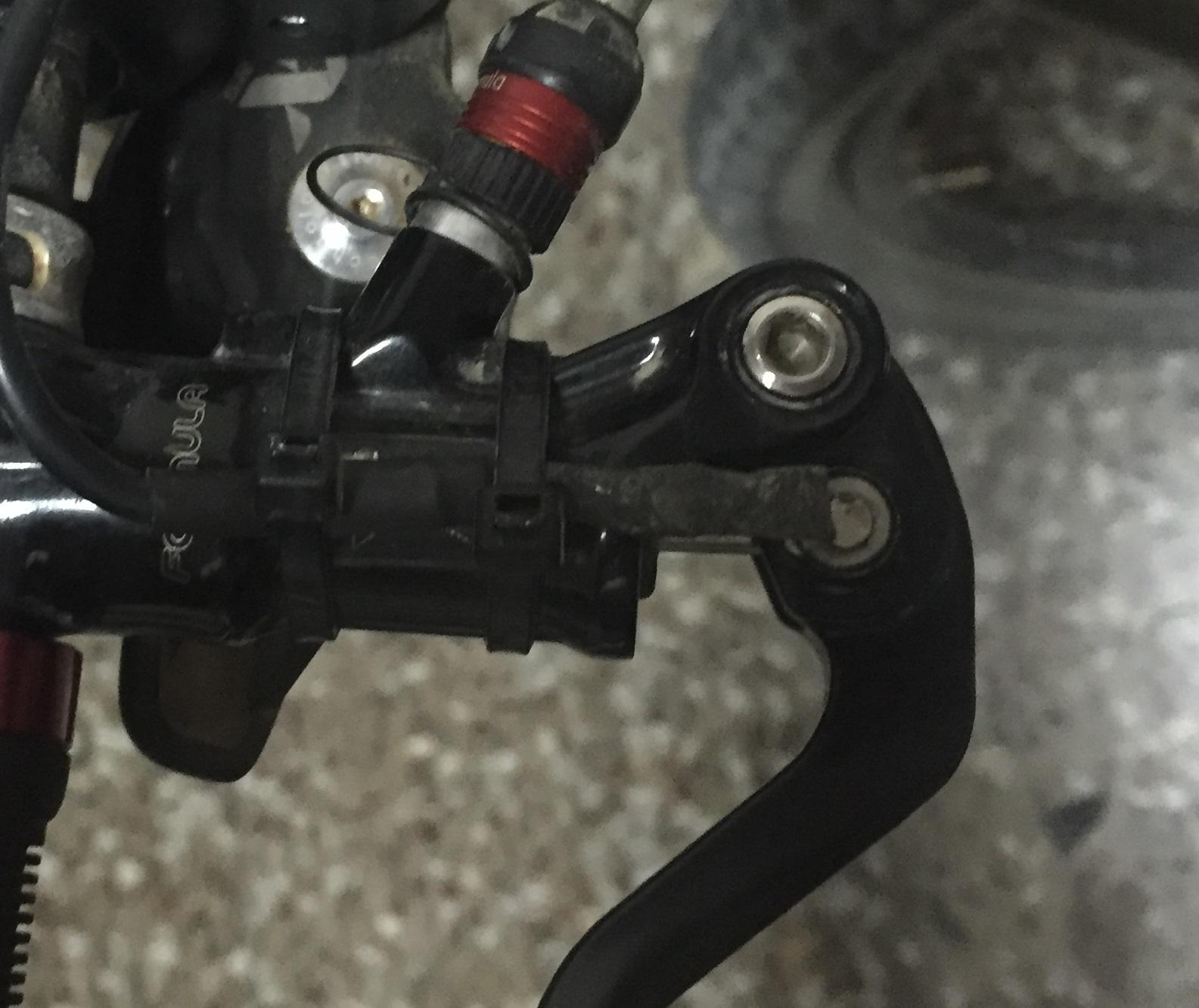 Sensor de freno para cualquier freno hidráulico en motores BBS01-02. 25p1c1k