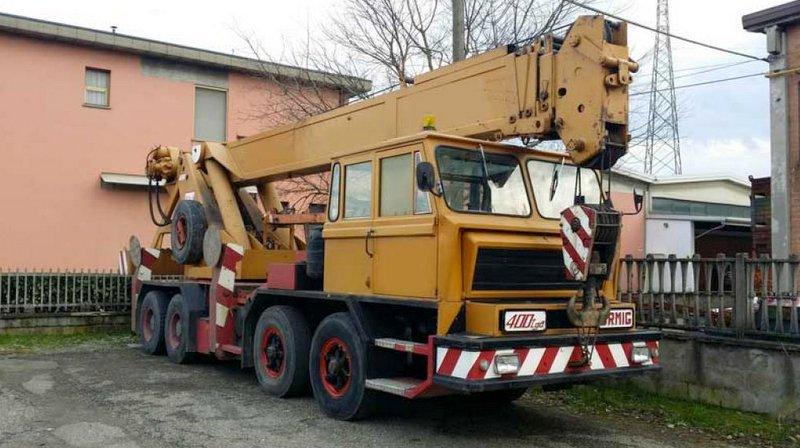 Les grues de ORMIG (Italie) 2a8lsg0