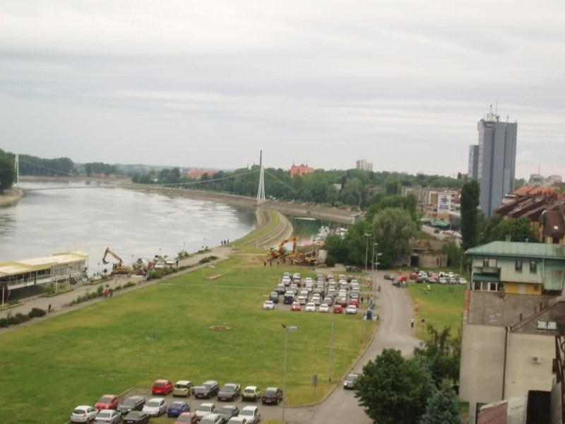 Osijek - Bijela kasarna 'Milan Stanivuković' - Page 4 2cwstna