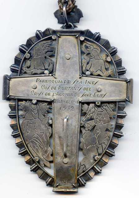 Medallón esmaltado Portantes del Sto. Cristo de Barcelona - s- XX ( R.M.  ) 2di0jl2