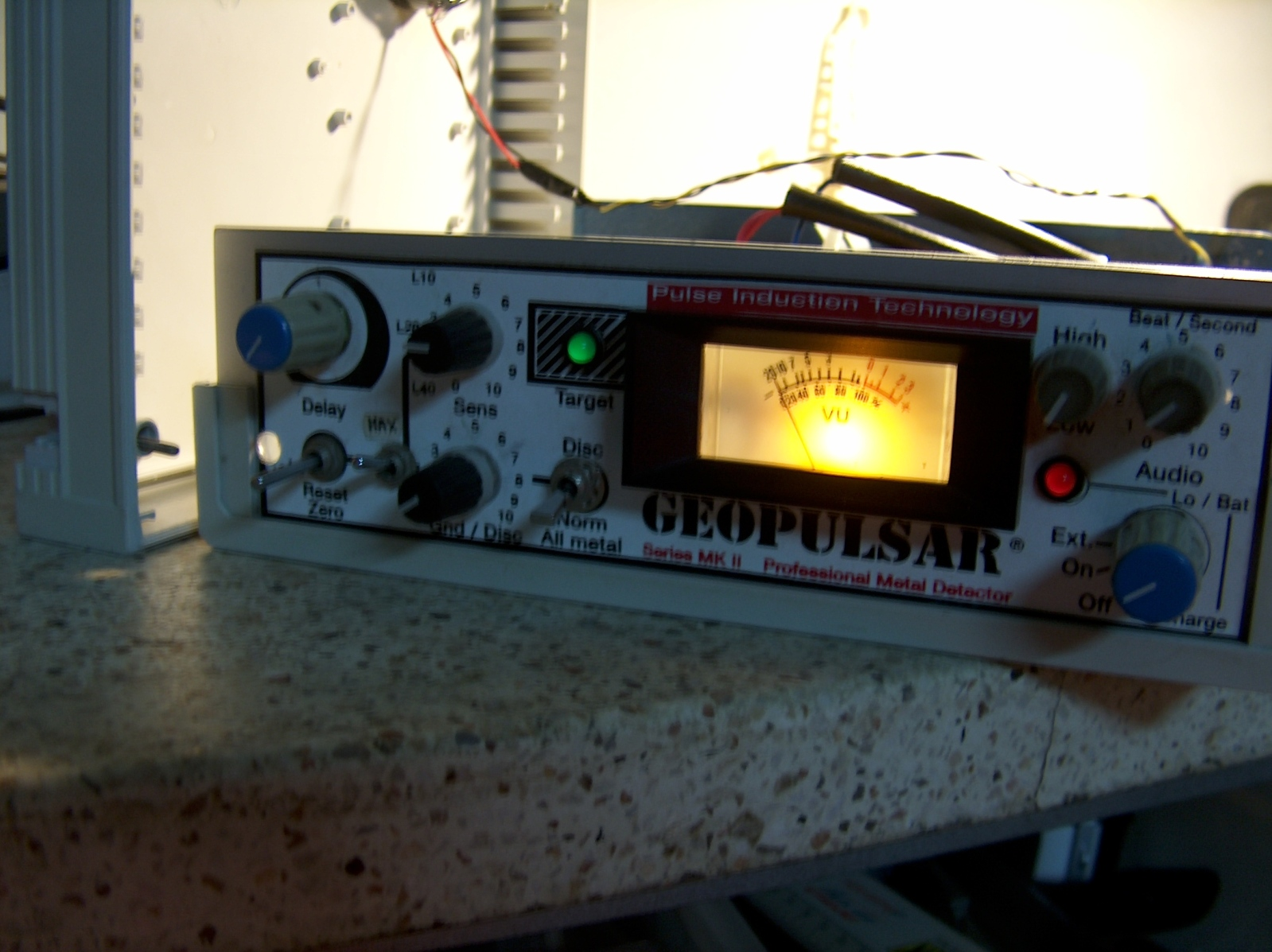 """Ayuda con este detector """" GEOPULSAR """" Series MK II 2eed27r"""