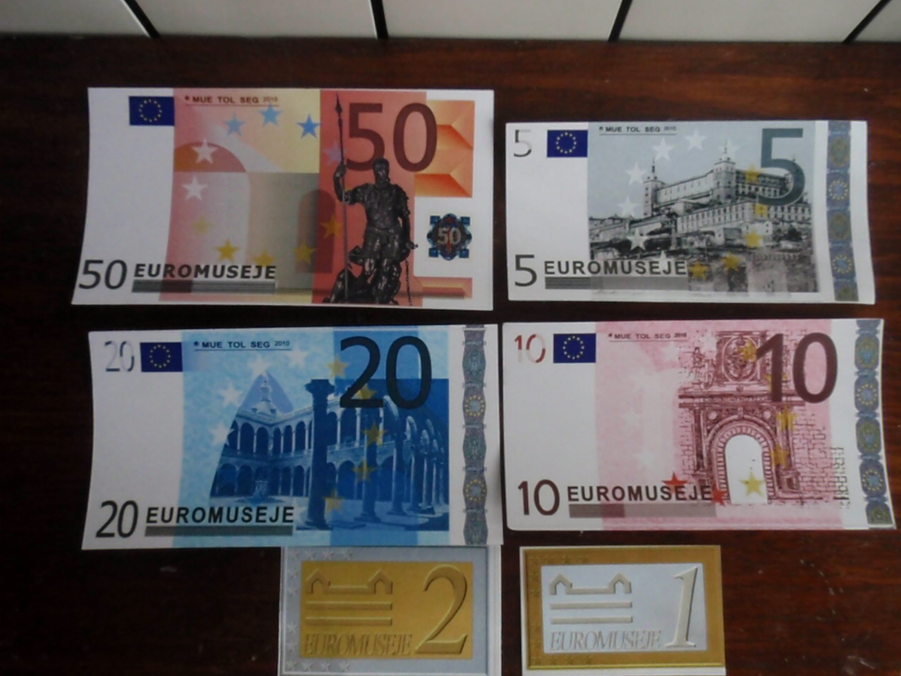 Euromuseje 2iho3kj
