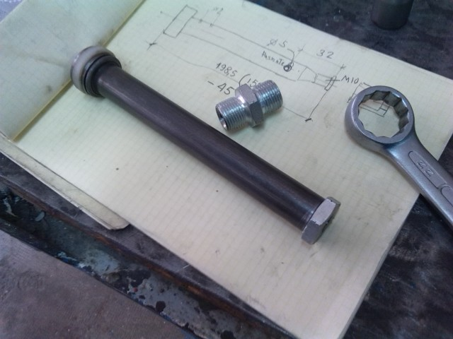 Mecanizado de piezas para monocasco - Página 3 2k0y2v