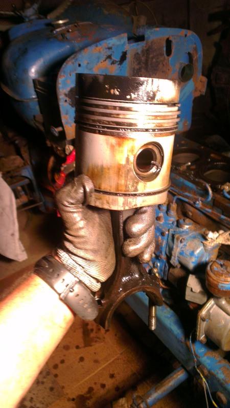 [EBRO SUPER 55] Agua en el aceite motor (en vías de solución) 2m2f5w3