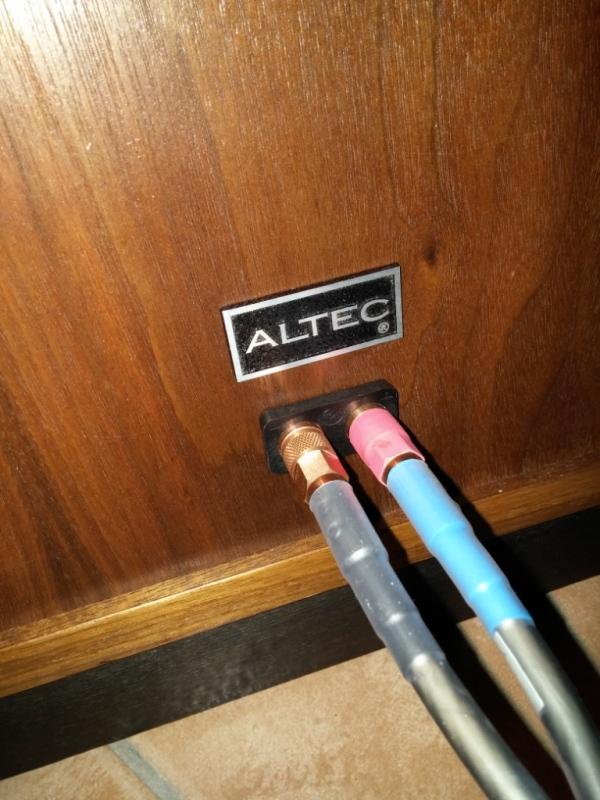 Altec Lansing Model 19....... 2mdihwo