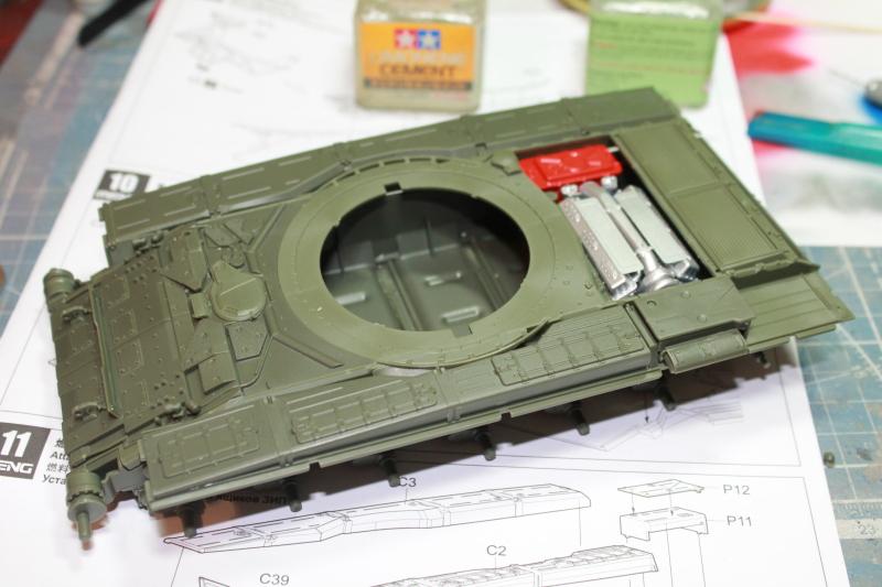 Т-90 с ТБС-86 (Менг 1/35) 2uhrh9f