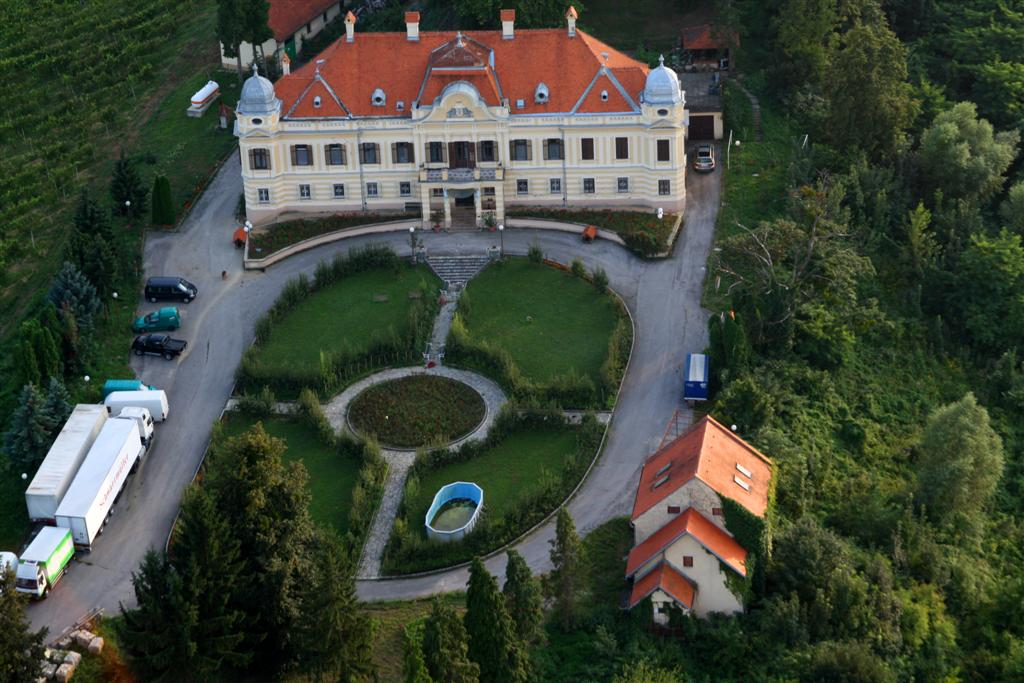 Stari dvorci i kurije u mom kraju 2uihmw3
