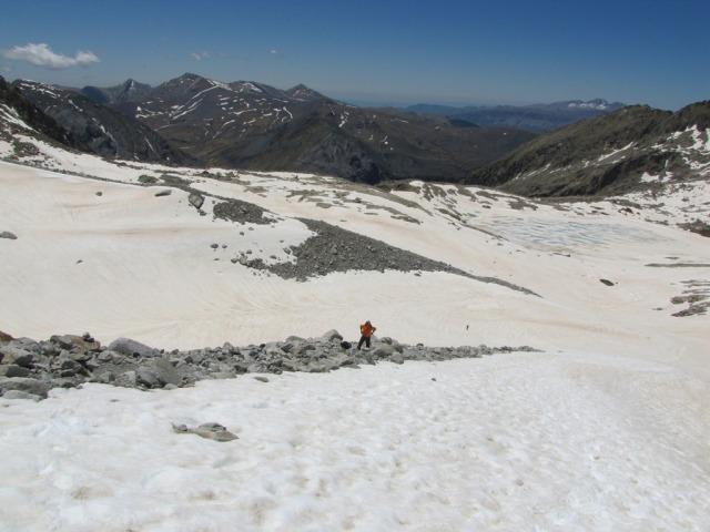 20120605 - CORREDOR ESTASEN AL ANETO (3.404 m) 2wgaxah