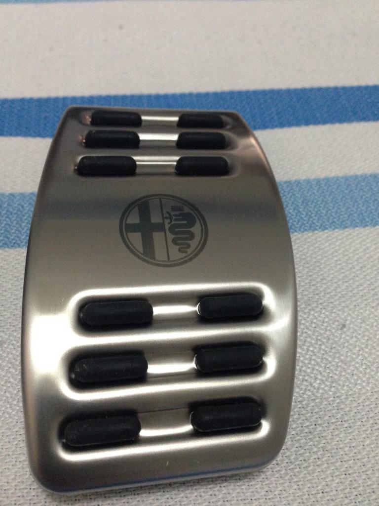 Protezione per pedaliera in alluminio 2ymx820