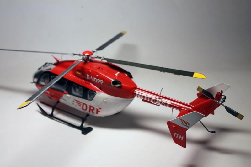 Airbus EC145 DRF Luftrettung (Revell 1/32) 33vykr6