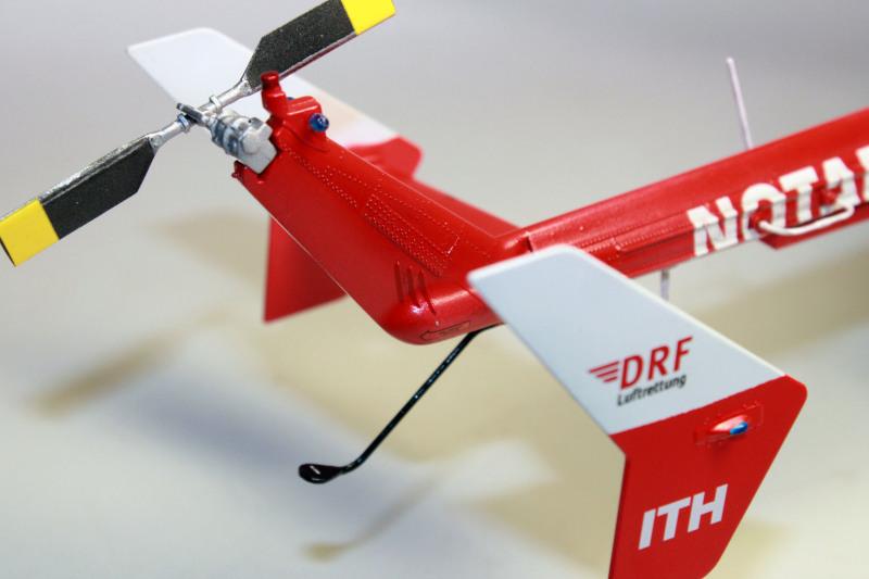 Airbus EC145 DRF Luftrettung (Revell 1/32) 35kmp9h