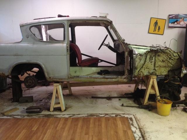 aakki: harraste anglia, kesä toyota &  toywagen 688t5h