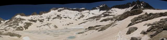 20120605 - CORREDOR ESTASEN AL ANETO (3.404 m) J7vmyr