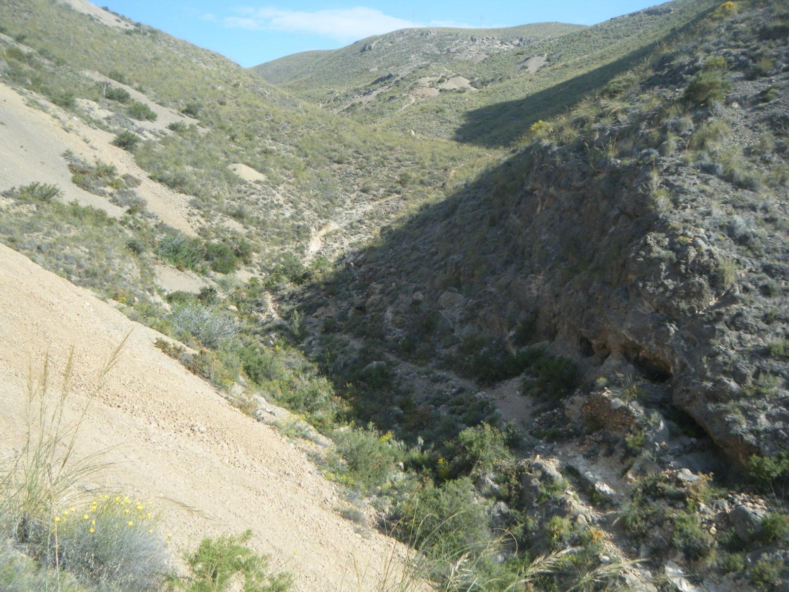 Minas Barranco El Pollo, Huercal de Almeria, Almeria, Andalucia, España M8jo83