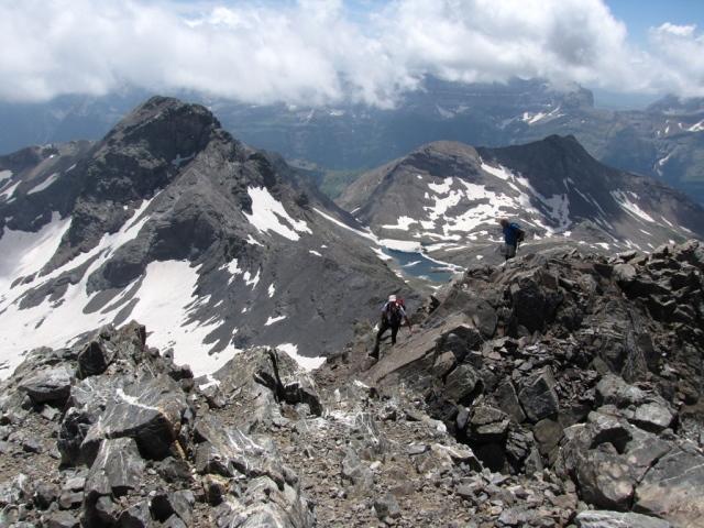 20090711 - PIRINEOS - LA MUNIA (3.133 metros) Mwczzb