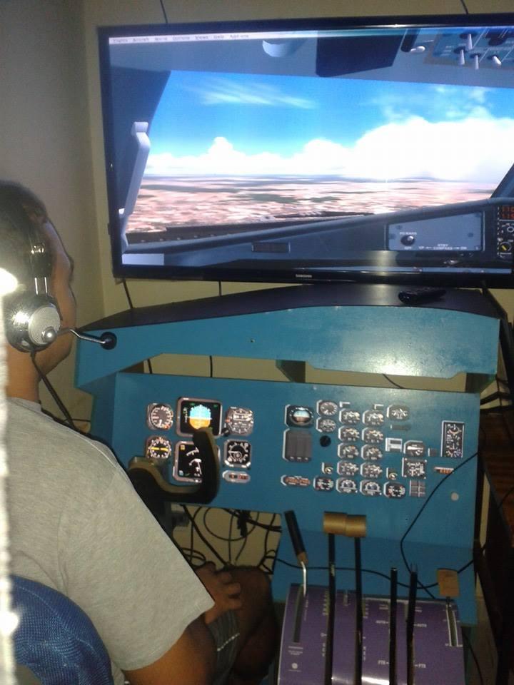 ATR cockpit Qxqqgg