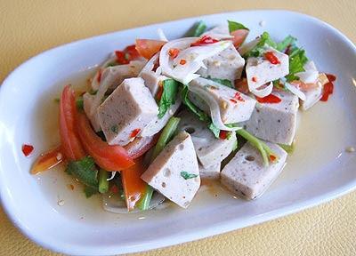 Fotos con precios de los diferentes platos y comidas tailandesas X5z7l
