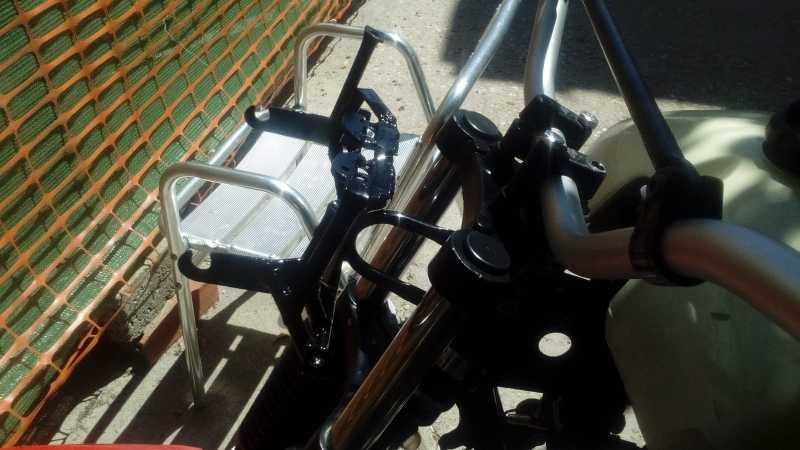 BricoTrail: Tablier Facomsa integrado adaptando araña de origen. 10gb3w4