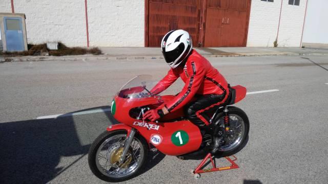 Réplica Derbi 250 GP Bicilindrica Nieto-Grau - Página 3 13zq0jl