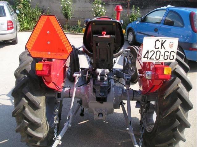 Traktor IMT 533  & 539 opća tema tema traktora 161gnbo