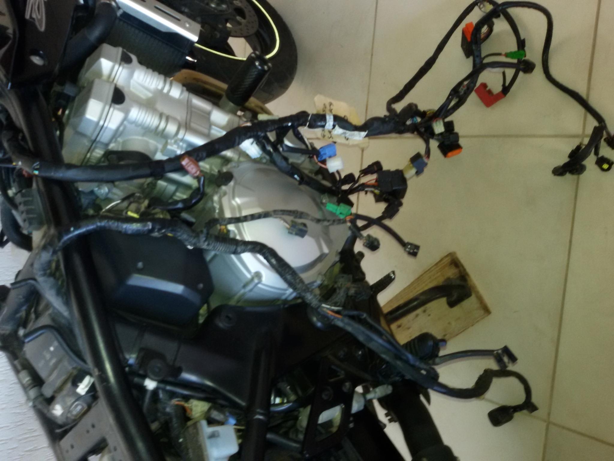 1ª BANDIT 650ie 09/10 DO BRASIL COM FREIO ABS 20poeia