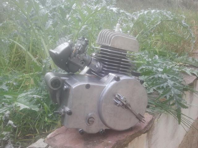 Restauración Motor Hispania Cangurito MH50 - Página 2 24104ep
