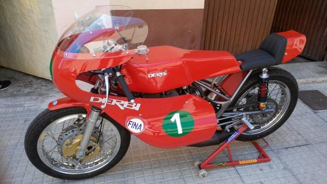 Réplica Derbi 250 GP Bicilindrica Nieto-Grau - Página 3 250jx8w