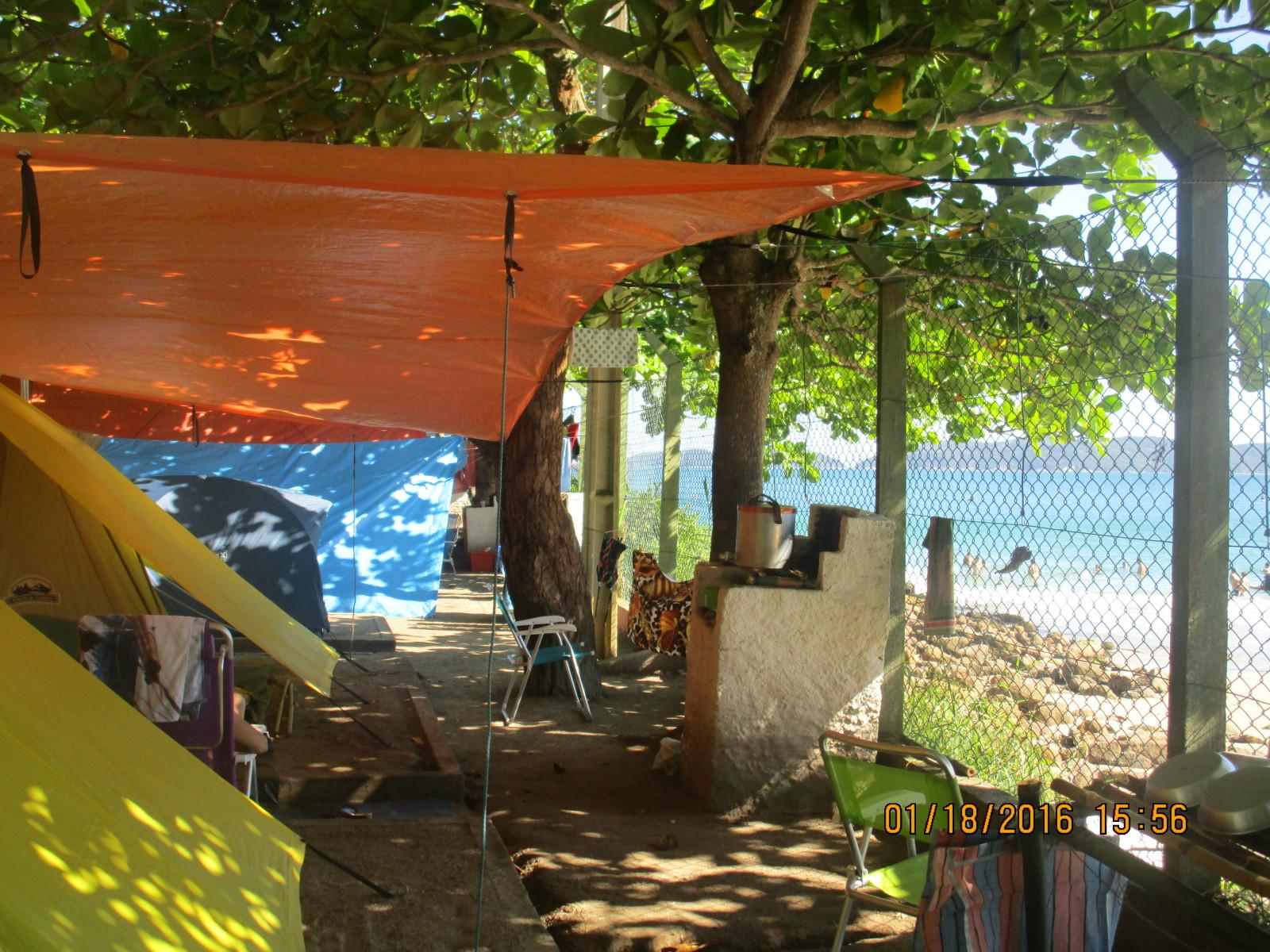 Informe Camping en Brasil - Camping 4 Ilhas - Bombas y Bombinhas 2e4g3n6