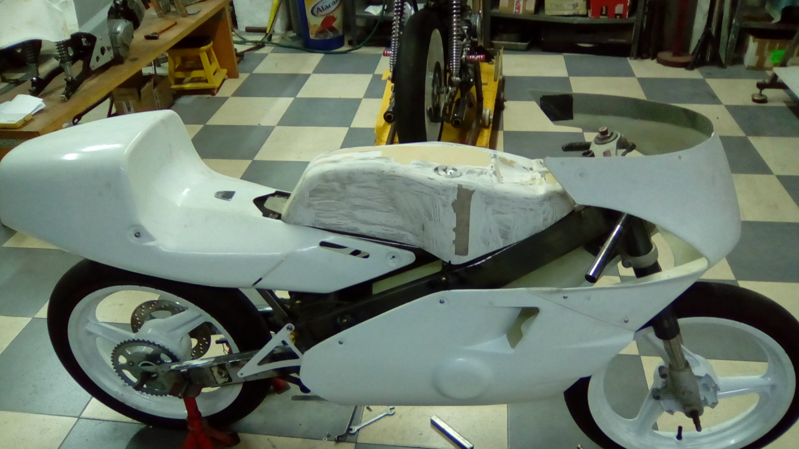 JJ Cobas Moto Hernan 2h873ao