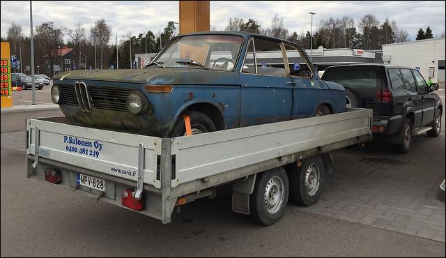 Taza-: BMW 2002 2i9gfmh