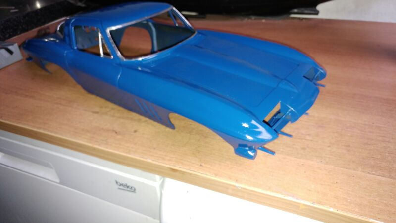 Revell 1/8 65 corvette stingray  2qjynn6