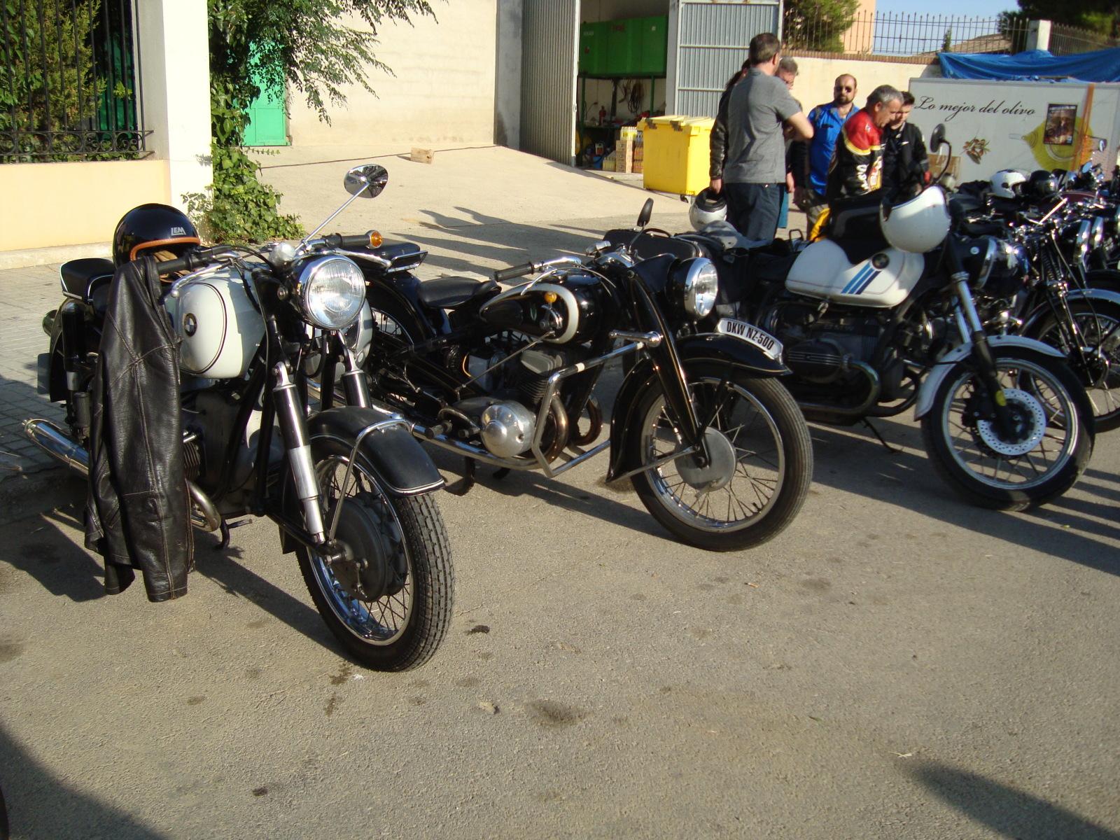 XI concentracion de motos antiguas en Alberuela de tubo (Huesca) 2vuj1au
