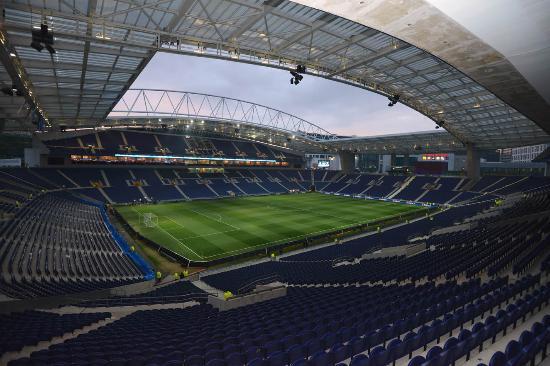 Estadio Oporto T18 2wod4x4