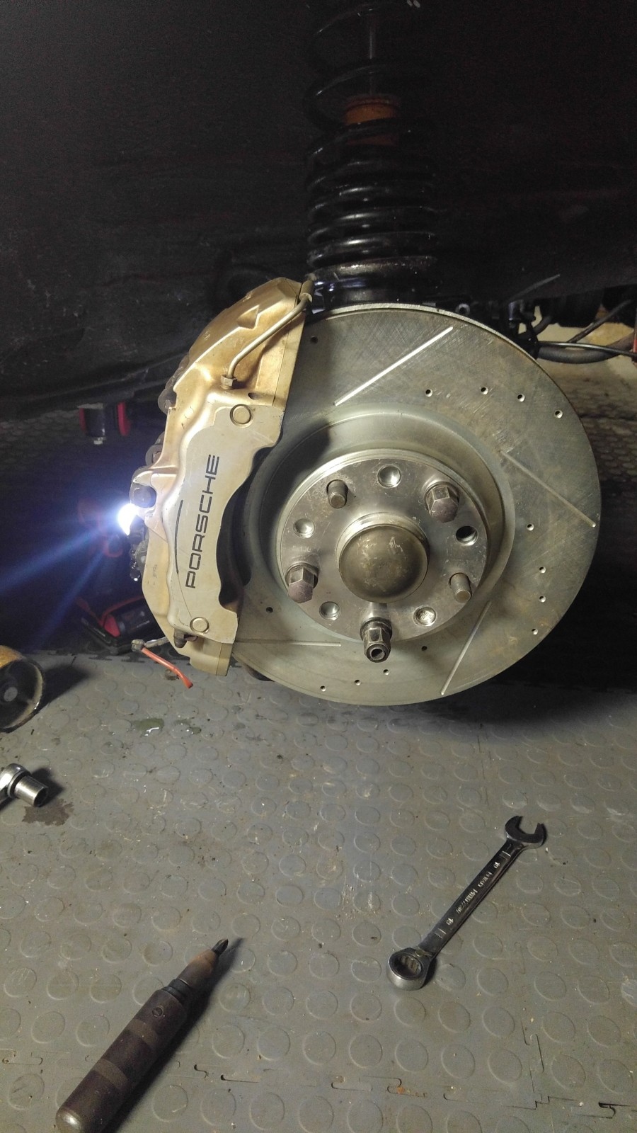 Cayenne Front and Rear Brakes on 944 30coiuu