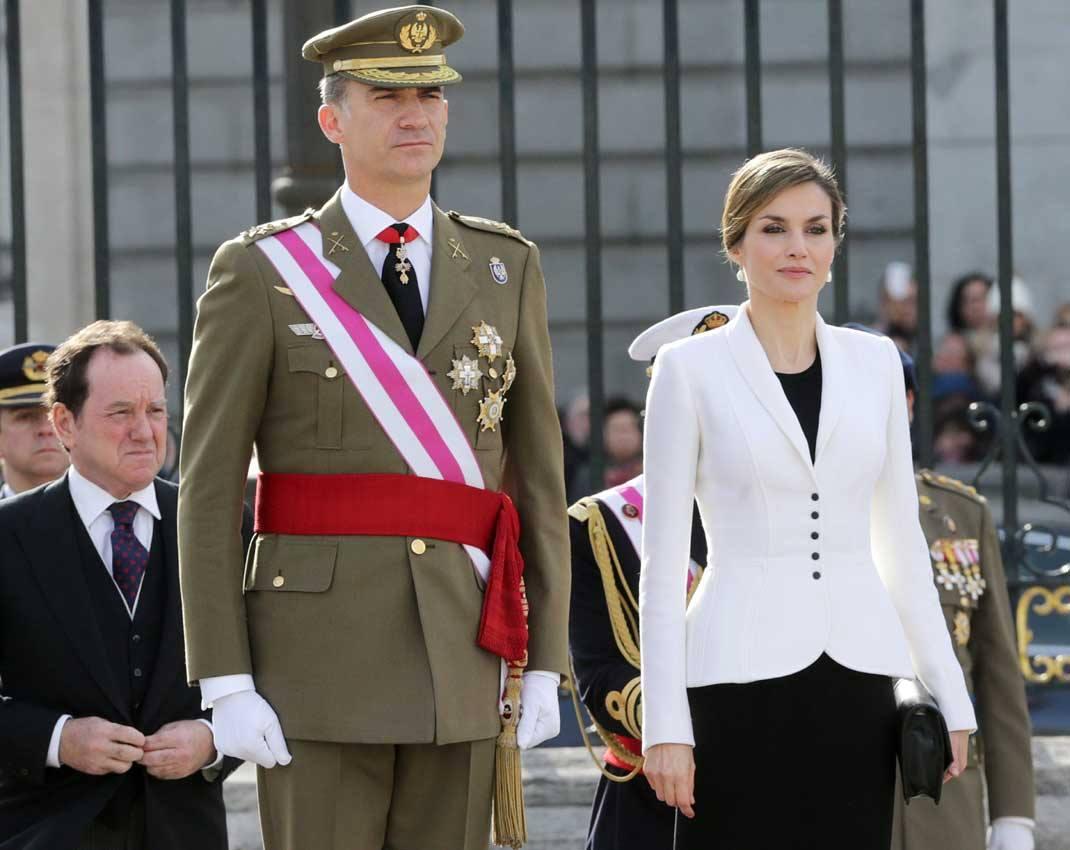 Felipe VI y Letizia - Página 5 3340n02