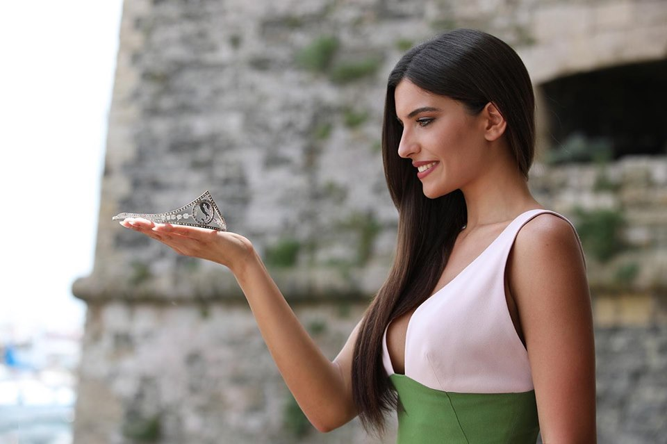 Adele Sammartino (ITALY 2019) 34eepfq
